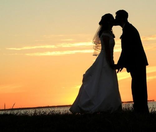 Pareja engañando experiencia de novia