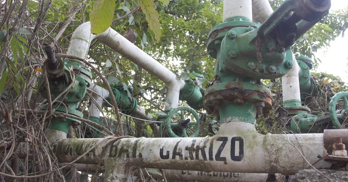 Pemex se niega a limpiar 4,500 lugares contaminados por fugas de sus ductos; dice que no le toca