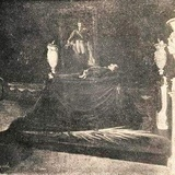 This is why Iturbide appears next to the body of Juárez