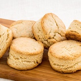 Scones or English muffins: history and recipe